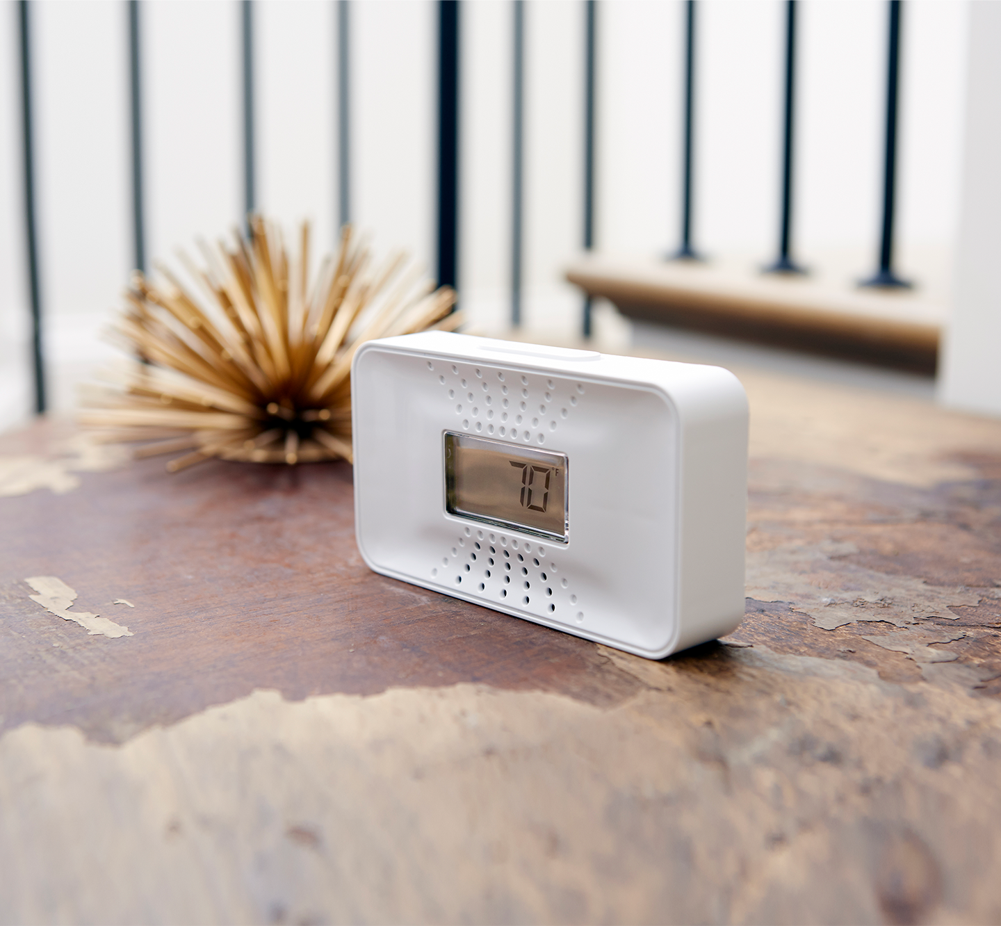 10-Year Battery CO Alarm with Digital Temperature Display