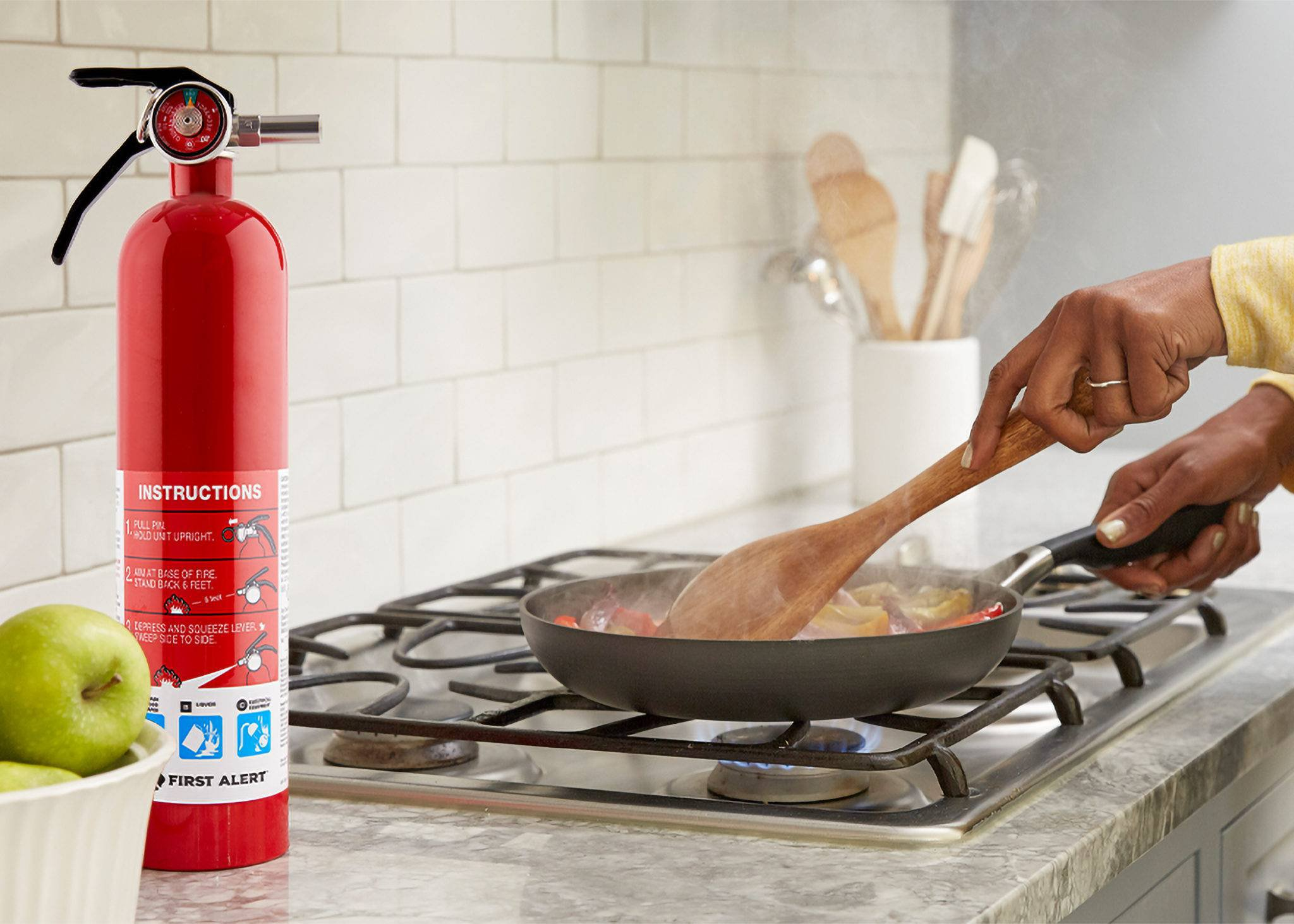 Kitchen Fire Safety Do's and Don'ts